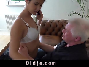 Young and old sex tubes